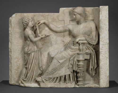 ancient-greek-laptop-sculpture