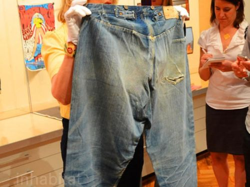 levis-worlds-oldest-pair-of-jeans-1-thumb-550x412